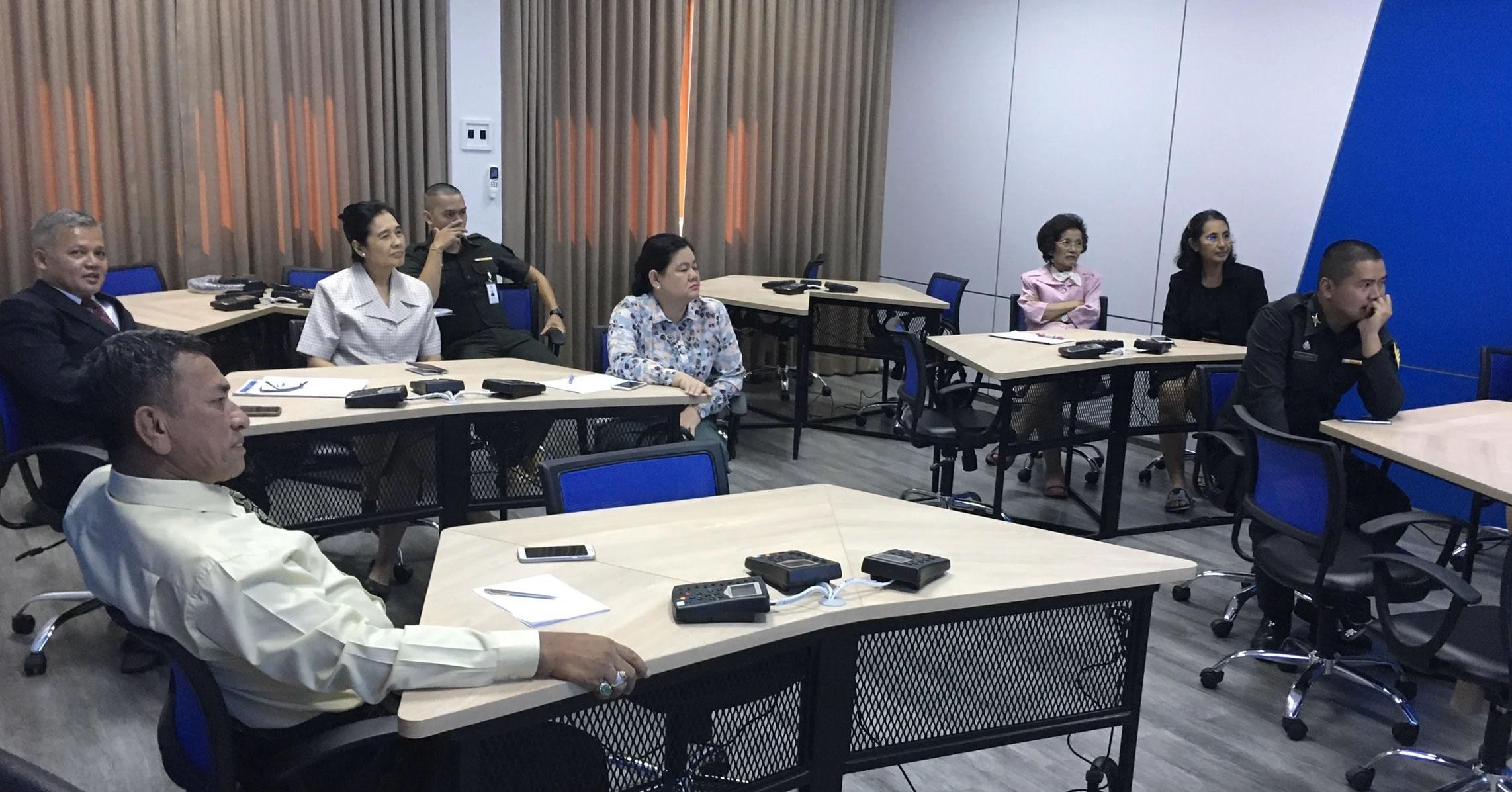 Sanako-Lab100-formation-armée-thailande